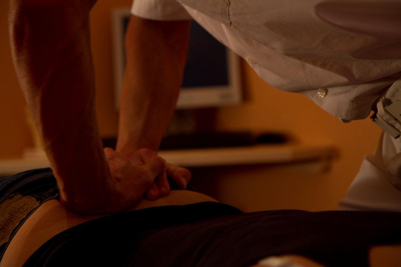 Praxis für Innere und Allgemeinmedizin Dr. med. Dipl.-Sportl. Ulfert Schröder - Manuelle Medizin 2