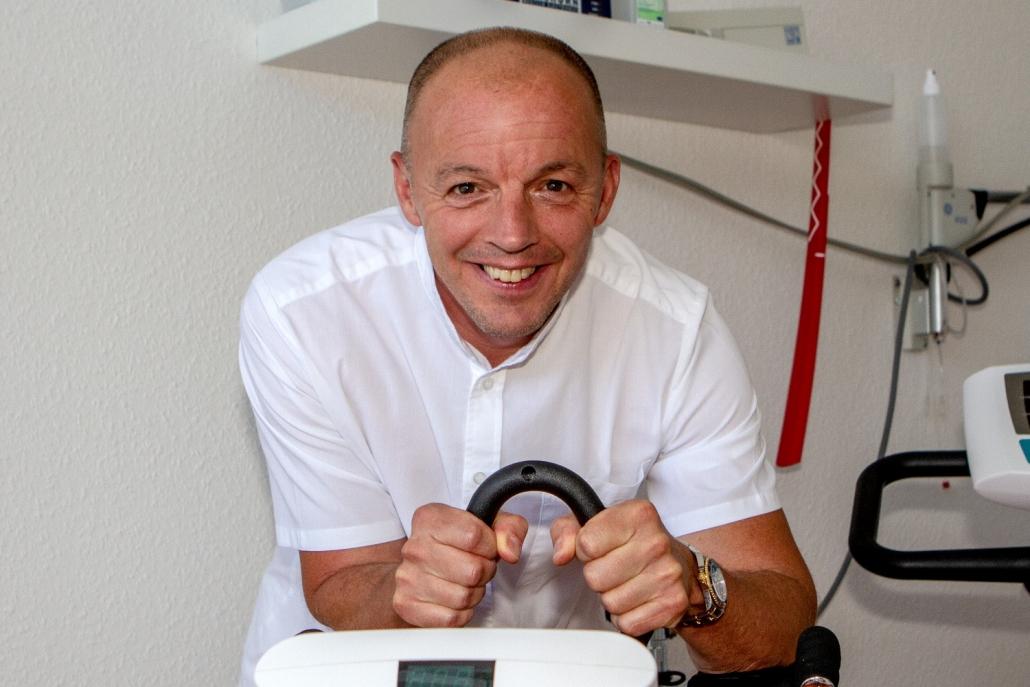 Dr. med. Dipl.-Sportl.<BR> Ulfert Schröder
